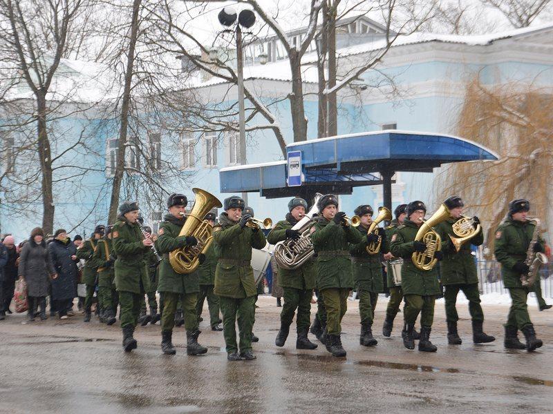 ВКлинцах прощаются спогибшим при крушении Ту-154 Дмитрием Литвяковым