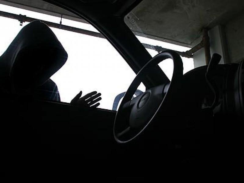 Двое нетрезвых граждан Погарского района угнали «ВАЗ»