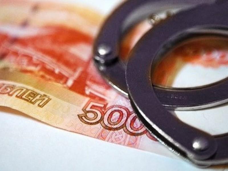 Нетрезвый почепский чиновник предложил автоинспекторам 50 тыс. руб.